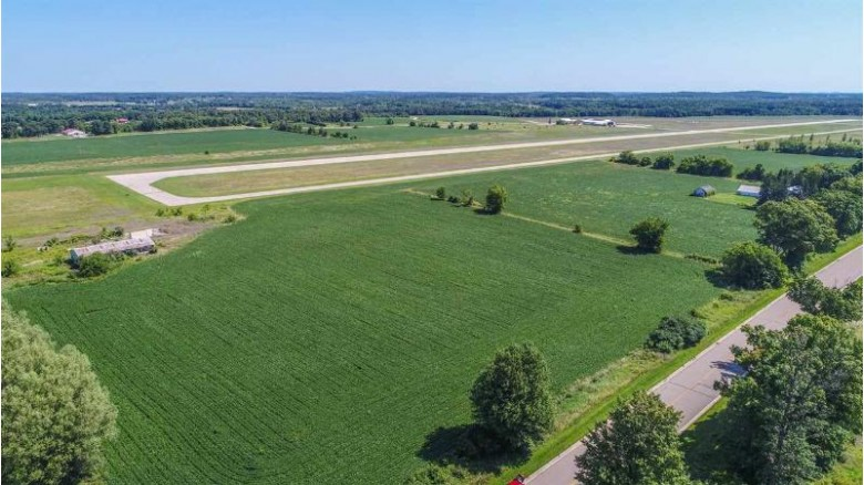 Ferg Lane, Waupaca, WI by United Country-Udoni & Salan Realty $539,000