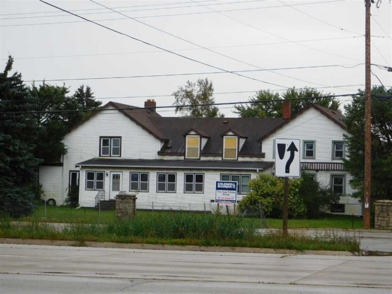 5628 Hwy 57/Sturgeon Bay Road, Green Bay, WI by Coldwell Banker Real Estate Group $183,500