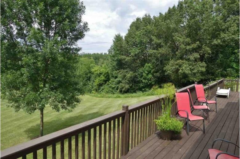 W4044 Parkview Court, Fond Du Lac, WI by Klapperich Real Estate, Inc. $650,000