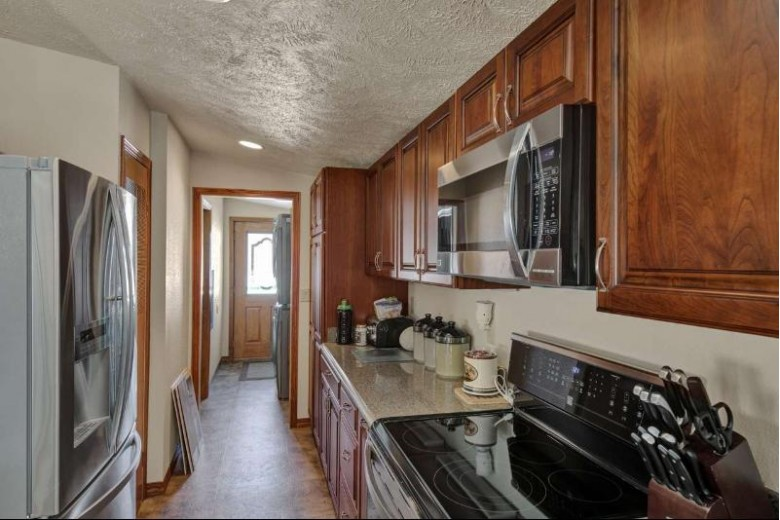 E2585 Southwood Drive, Waupaca, WI by Coldwell Banker Real Estate Group $1,750,000
