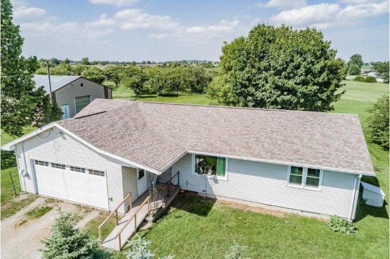 N2246 Greenville Drive, Hortonville, WI by Century 21 Ace Realty $379,900