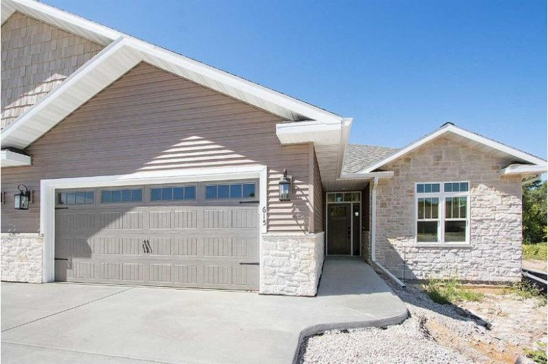 600 Olde River Court, Green Bay, WI by Keller Williams Green Bay $419,900