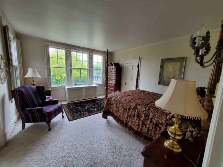 27 S Park Avenue, Fond Du Lac, WI by Roberts Homes and Real Estate $359,900