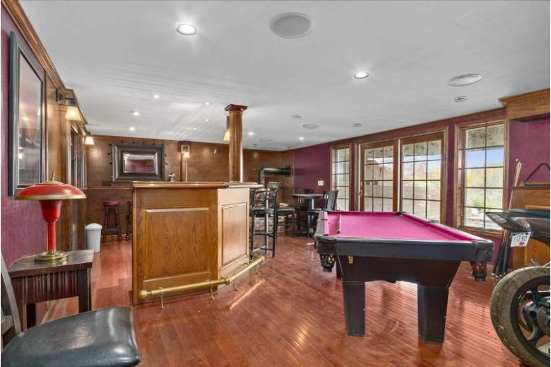 W10312 Ridge Road, Hortonville, WI by Century 21 Ace Realty $879,900