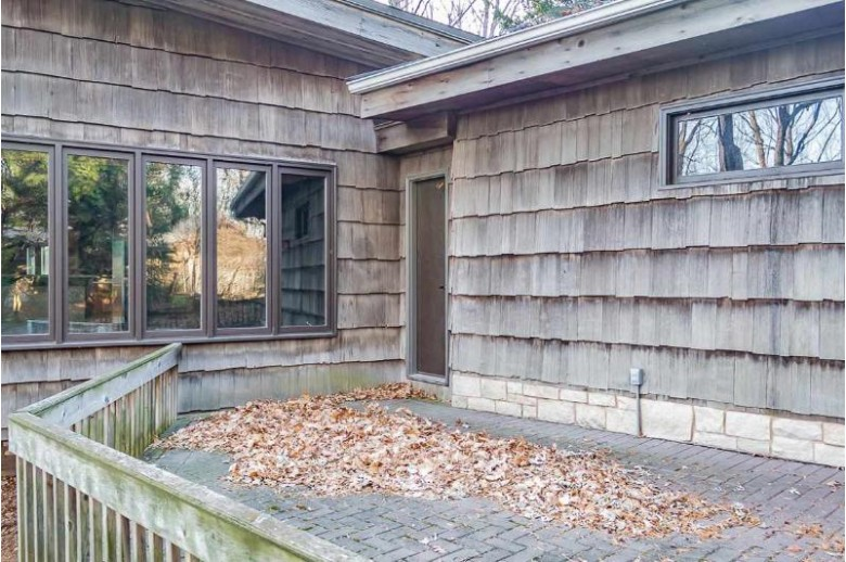 W3983 Highview Drive, Appleton, WI by Century 21 Ace Realty $387,000