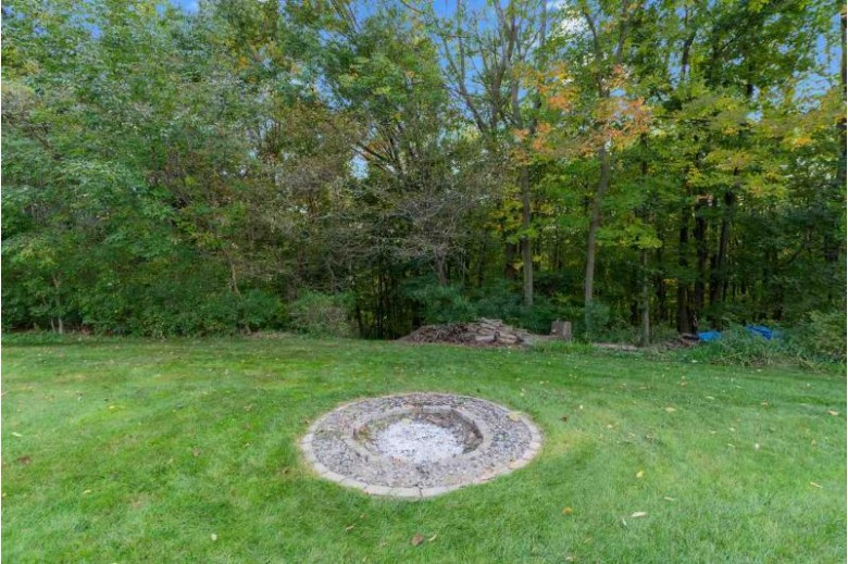 2536 Hillside Heights Drive, Green Bay, WI by Mark D Olejniczak Realty, Inc. $349,900