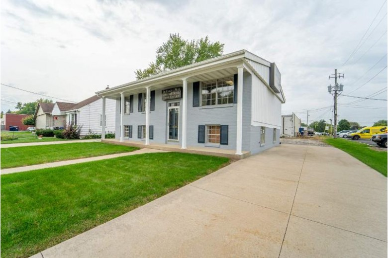 1111 Maple Street, Neenah, WI by Rieckmann Real Estate Group, Inc $170,000