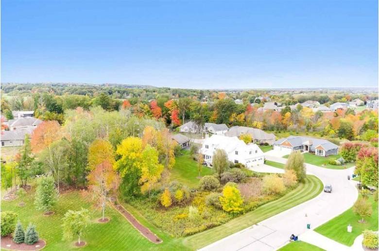 659 Marble Rock Circle, Green Bay, WI by Shorewest, Realtors $729,900