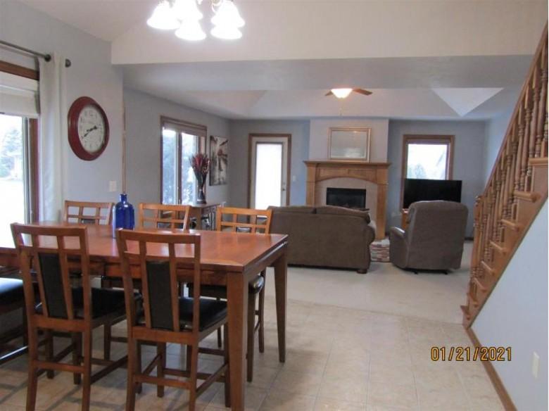4006 Frobisher Fields, Oneida, WI by Premiere Realty $299,900