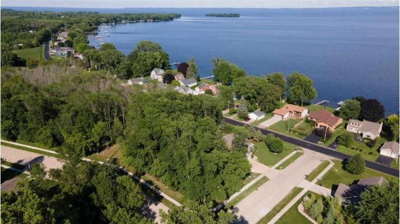 Hillwood Run Drive, Oshkosh, WI by Keller Williams Fox Cities $58,900