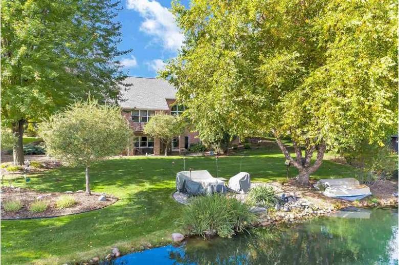 2566 S Huntington Way, Green Bay, WI by Keller Williams Green Bay $574,900