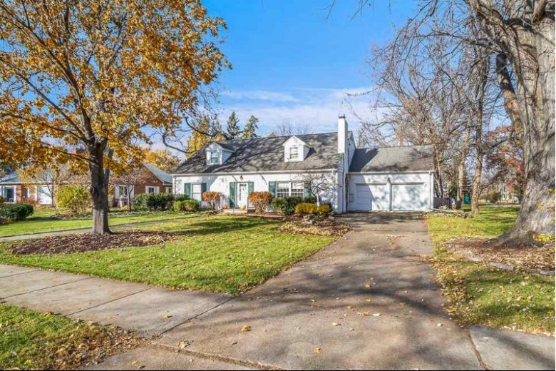 608 E Forest Avenue, Neenah, WI by Keller Williams Fox Cities $325,000