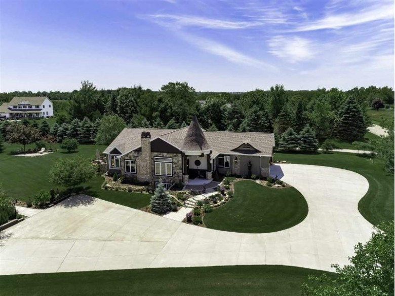 9660 Lois Lane, Appleton, WI by Expert Real Estate Partners, LLC $995,000