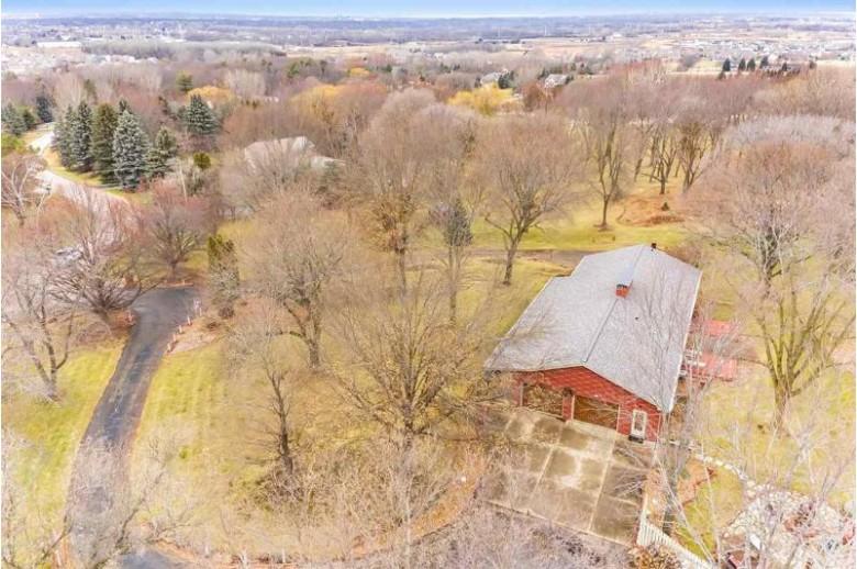 4429 Oak Ridge Circle, De Pere, WI by Shorewest, Realtors $484,900