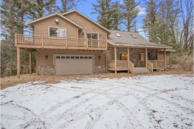 12315 Indian Lane, Gillett, WI by Dallaire Realty $525,000