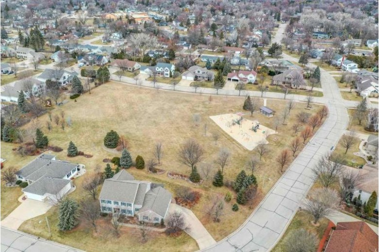 1429 Seymour Court Neenah, WI 54956 by Century 21 Affiliated $435,000
