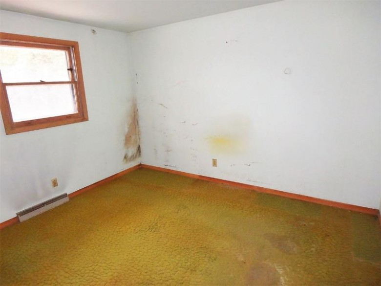 1929 Richmond Avenue Manitowoc, WI 54220 by Coldwell Banker Real Estate Group $99,900