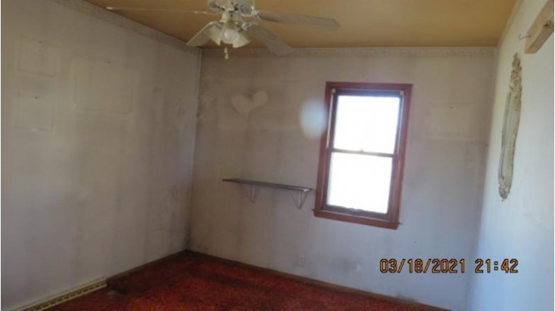 284 Ripon Road Berlin, WI 54923 by First Weber Real Estate $57,950