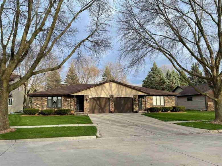 410 Silver Spring Drive 412, Green Bay, WI by Design Realty $269,995