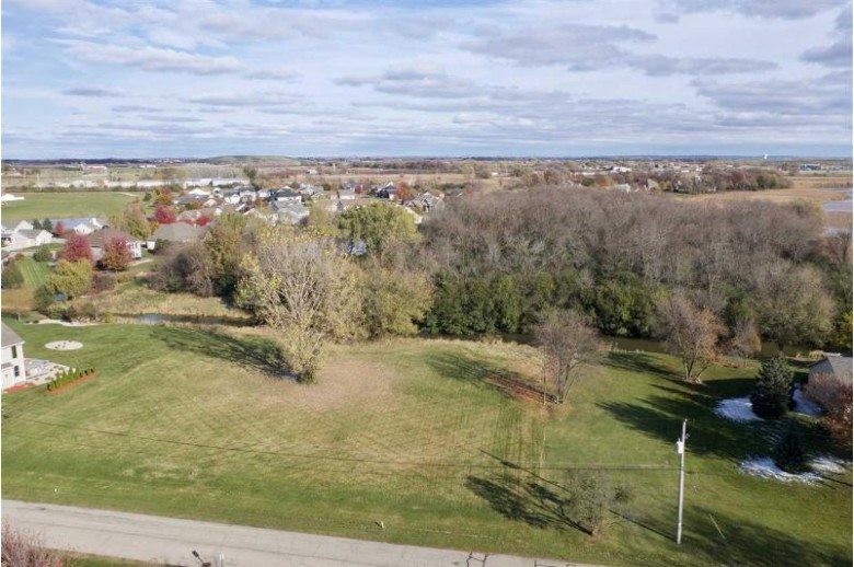 Edgewood Road Oshkosh, WI 54904-9519 by First Weber Real Estate $84,900