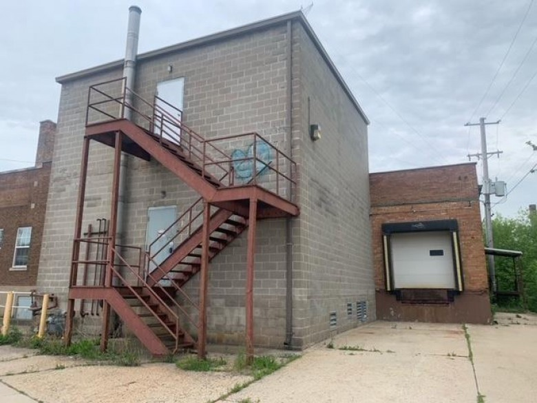 240 W Division Street, Fond Du Lac, WI by Solberg Real Estate $199,900