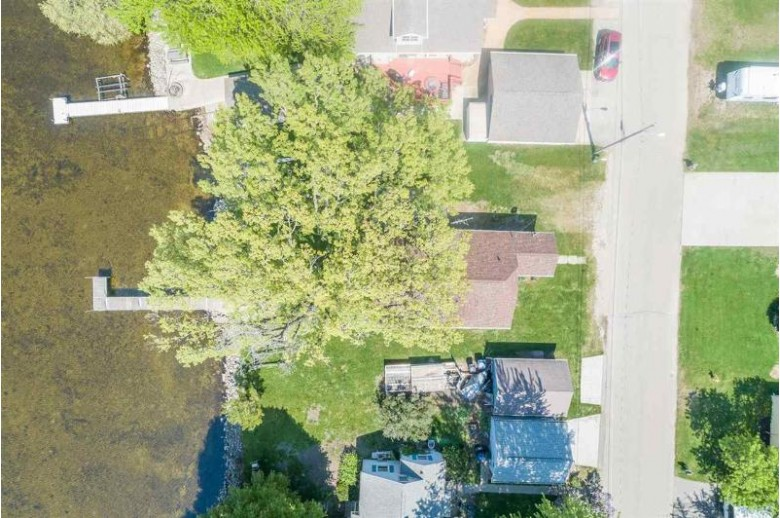 2432 Hickory Lane Oshkosh, WI 54901 by Coldwell Banker Real Estate Group $349,900