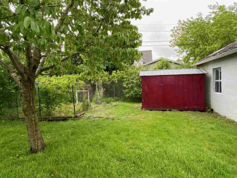 411 Indiana Avenue, North Fond Du Lac, WI by First Weber Real Estate $97,500