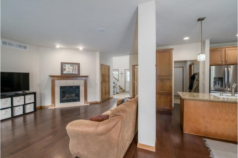 1786 Copperstone Place Neenah, WI 54956-8965 by First Weber Real Estate $199,809