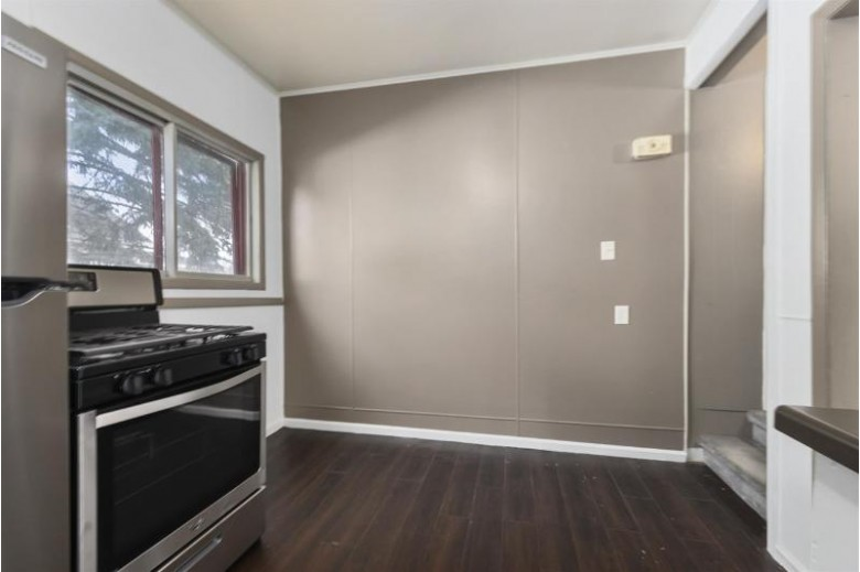512 Merritt Avenue Oshkosh, WI 54901-5140 by Keller Williams Green Bay $144,900