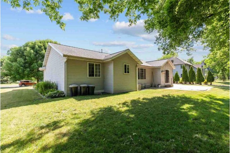 1354 Julie Court, Neenah, WI by Century 21 Affiliated $284,900