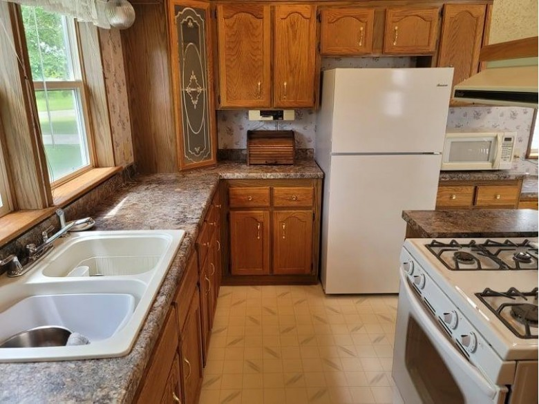 N7430 22nd Road Neshkoro, WI 54960 by First Weber Real Estate $189,900