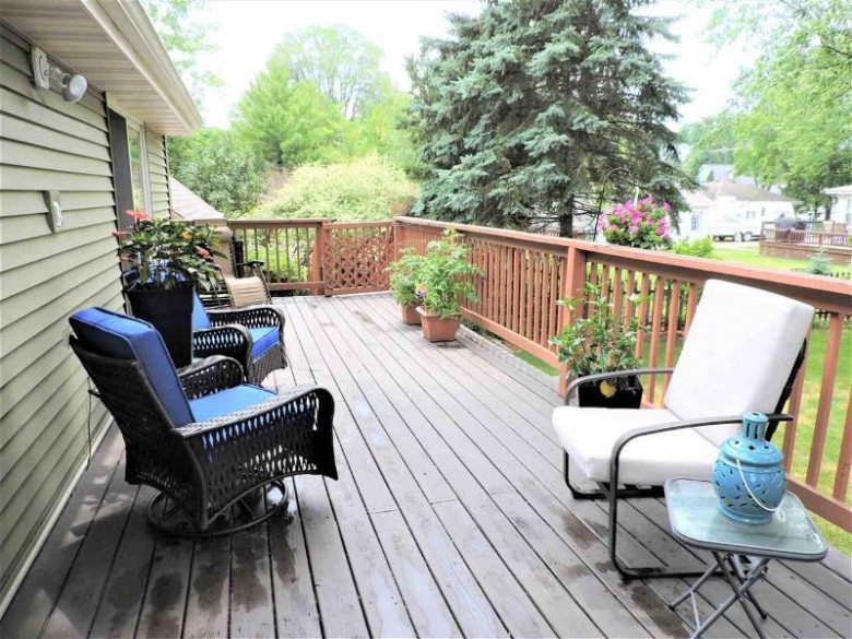 1285 Kewaunee Street, Oshkosh, WI by Coldwell Banker Real Estate Group $249,900