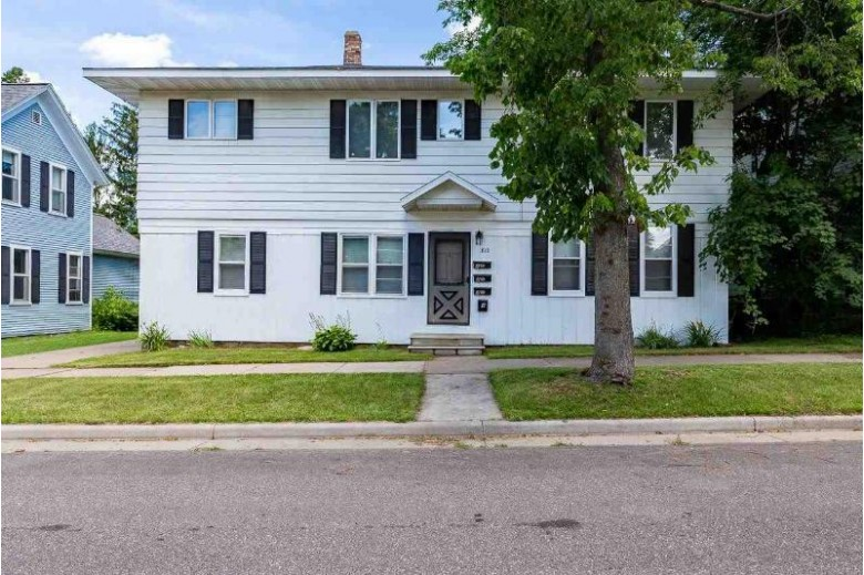 812 Chicago Avenue Wausau, WI 54403 by Coldwell Banker Real Estate Group $184,900