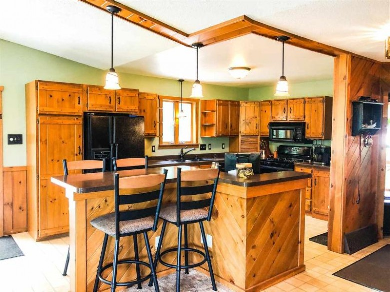 5545 Mohawk Shores Drive Rhinelander, WI 54501-9300 by Century 21 Ace Realty $610,000