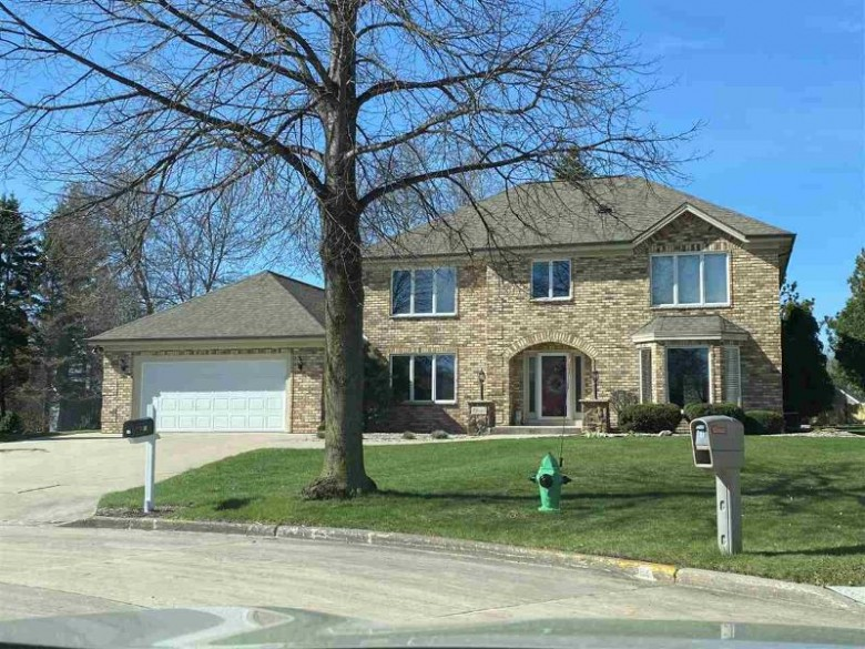 11 Overland Circle, Appleton, WI by Coldwell Banker Real Estate Group $445,000