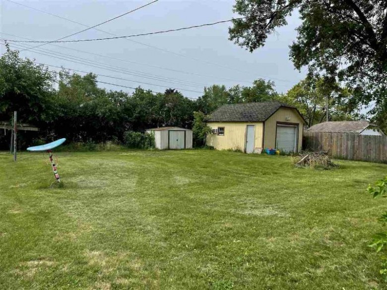 182 W Marquette Street Berlin, WI 54923 by First Weber Real Estate $104,980