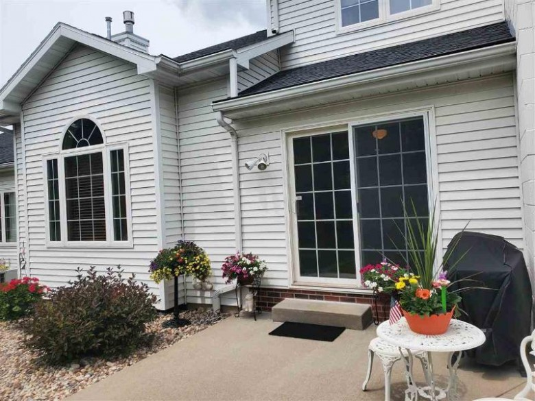 1045 W Windtree Drive, Appleton, WI by Beiser Realty, LLC $259,900