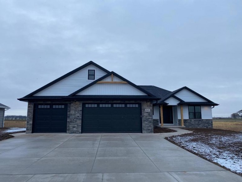 2671 Willow Grove Lane Green Bay, WI 54311 by Kos Realty Group $394,900