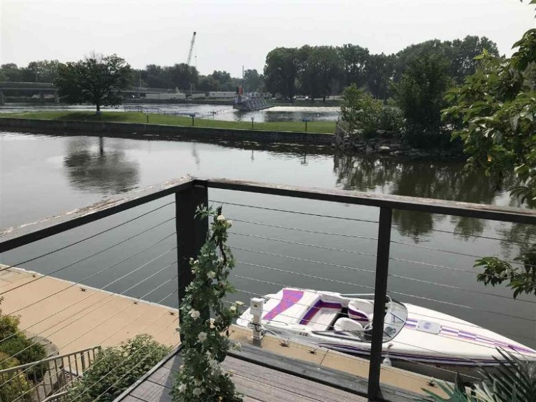 173 Marina Place Menasha, WI 54952 by First Weber Real Estate $235,000