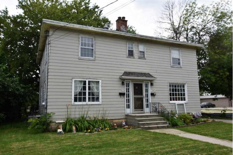 415 Otter Avenue Oshkosh, WI 54901 by RE/MAX On The Water $139,500