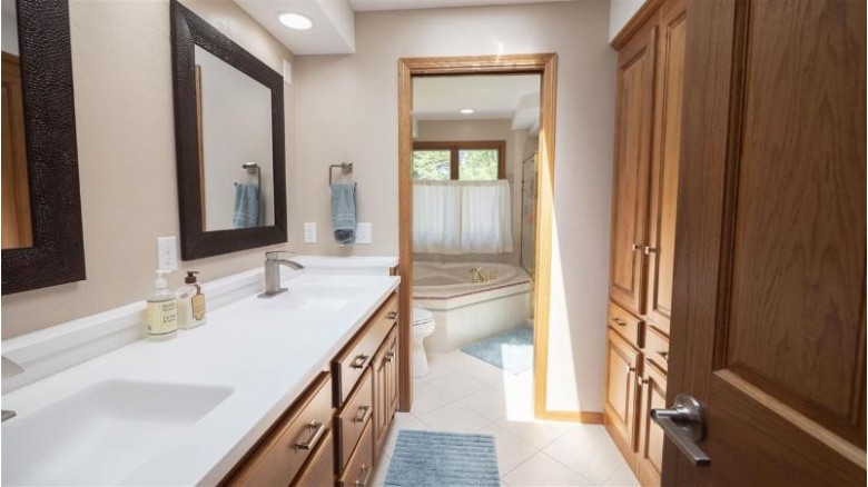 1024 Woodland Place Menasha, WI 54952-2063 by First Weber Real Estate $315,000