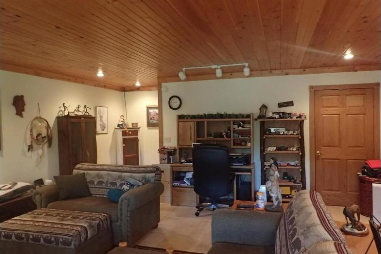 12421 Henry Lane, Cecil, WI by Exit Elite Realty $399,900