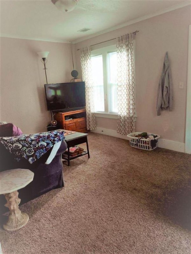 1837 Delaware Street Oshkosh, WI 54902-6728 by First Weber Real Estate $89,900
