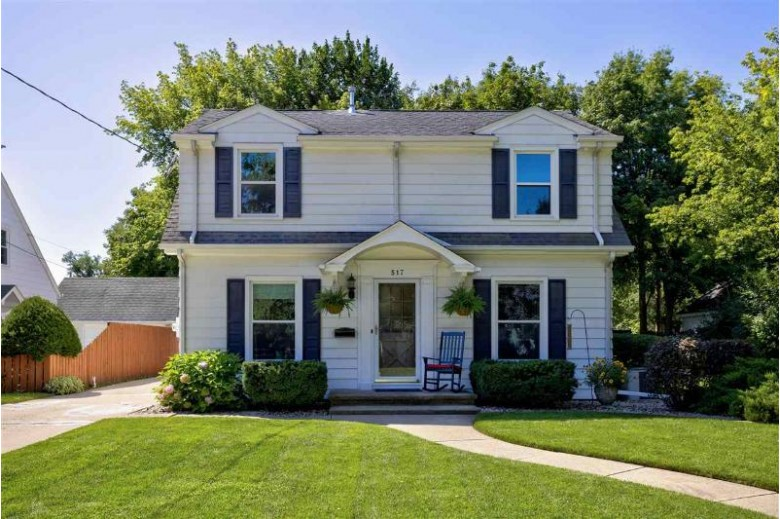 517 Laudan Boulevard, Neenah, WI by First Weber Real Estate $217,500