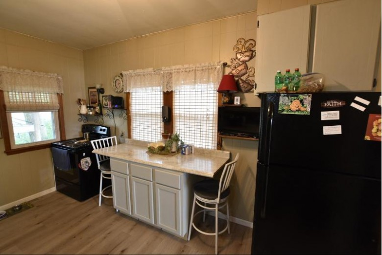 300 E Valley View Drive Wautoma, WI 54982 by The Ellickson Agency, Inc. $132,400