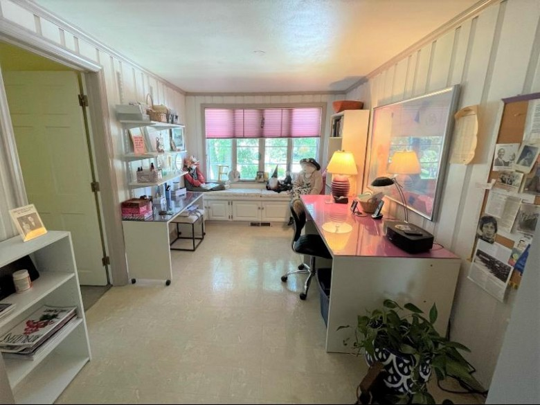 84 Woodland Avenue Fond Du Lac, WI 54935 by First Weber Real Estate $275,000