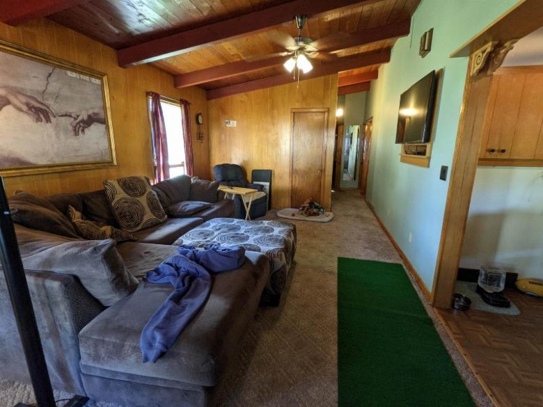 909 Dickinson Street, New London, WI by Coldwell Banker Real Estate Group $149,900