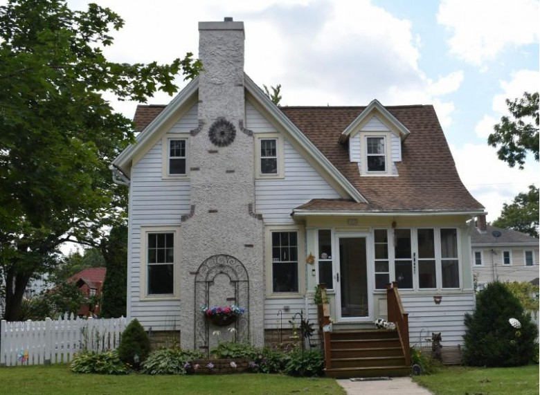 190 Sheboygan Street Fond Du Lac, WI 54935-4366 by First Weber Real Estate $174,900