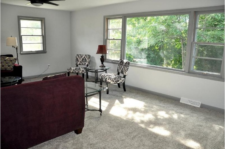 1071 Reed Street Neenah, WI 54956 by Coldwell Banker Real Estate Group $289,900