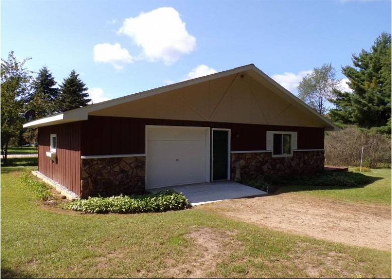 N2115 Hillcrest Lane Wautoma, WI 54982 by First Choice Realty, Inc. $154,900